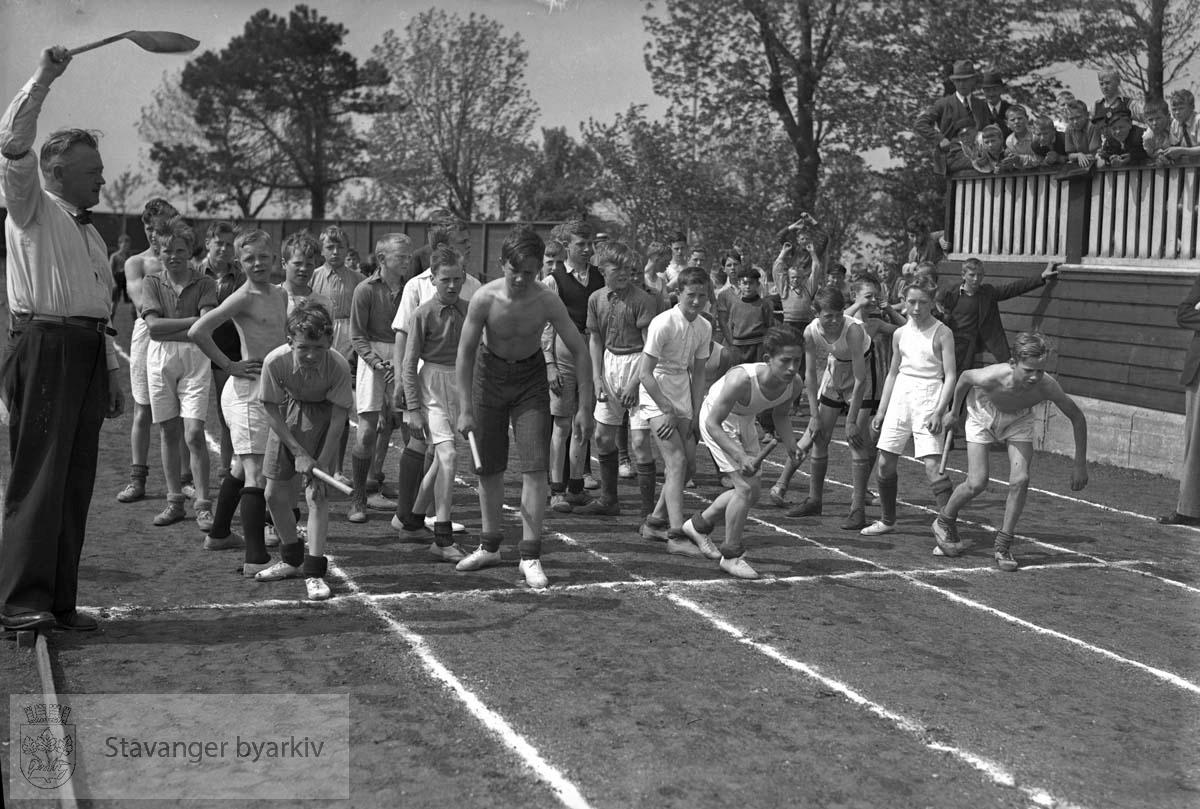 Skoleidrettsstevne på Stavanger Stadion 25.05.1937.
