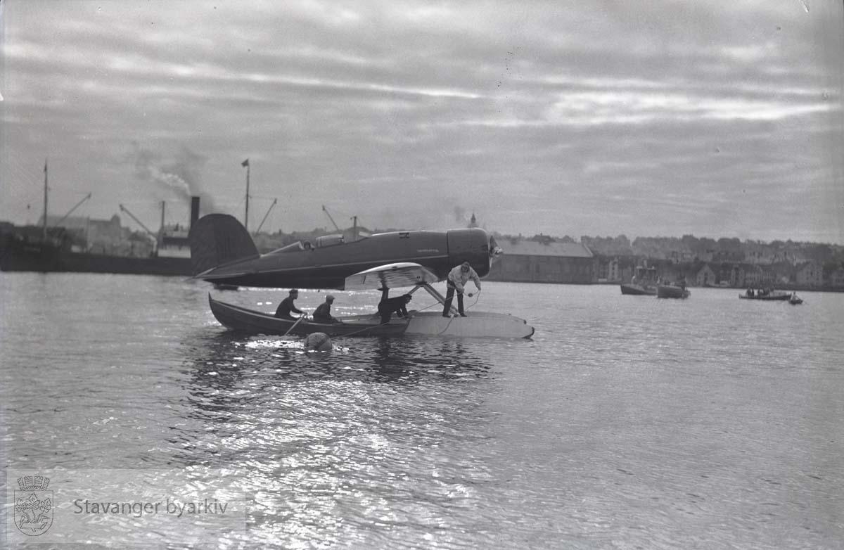 Oberst Charles Augustus Lindbergh .Sjøfly