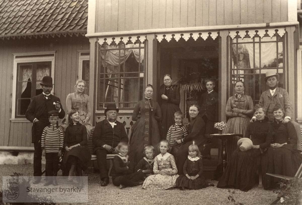 Gruppebilde på Bakkeland
