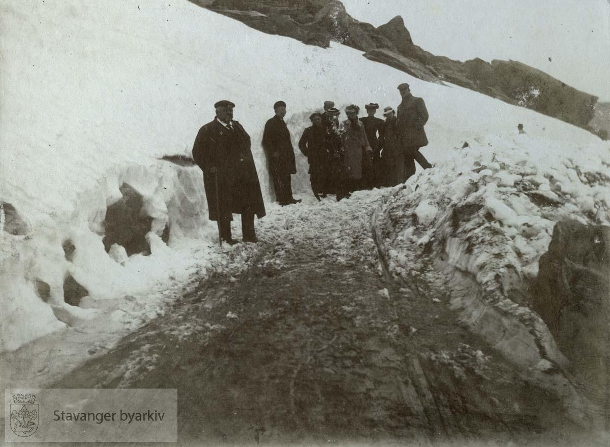Over fjellet mellom Odda og Breifonn