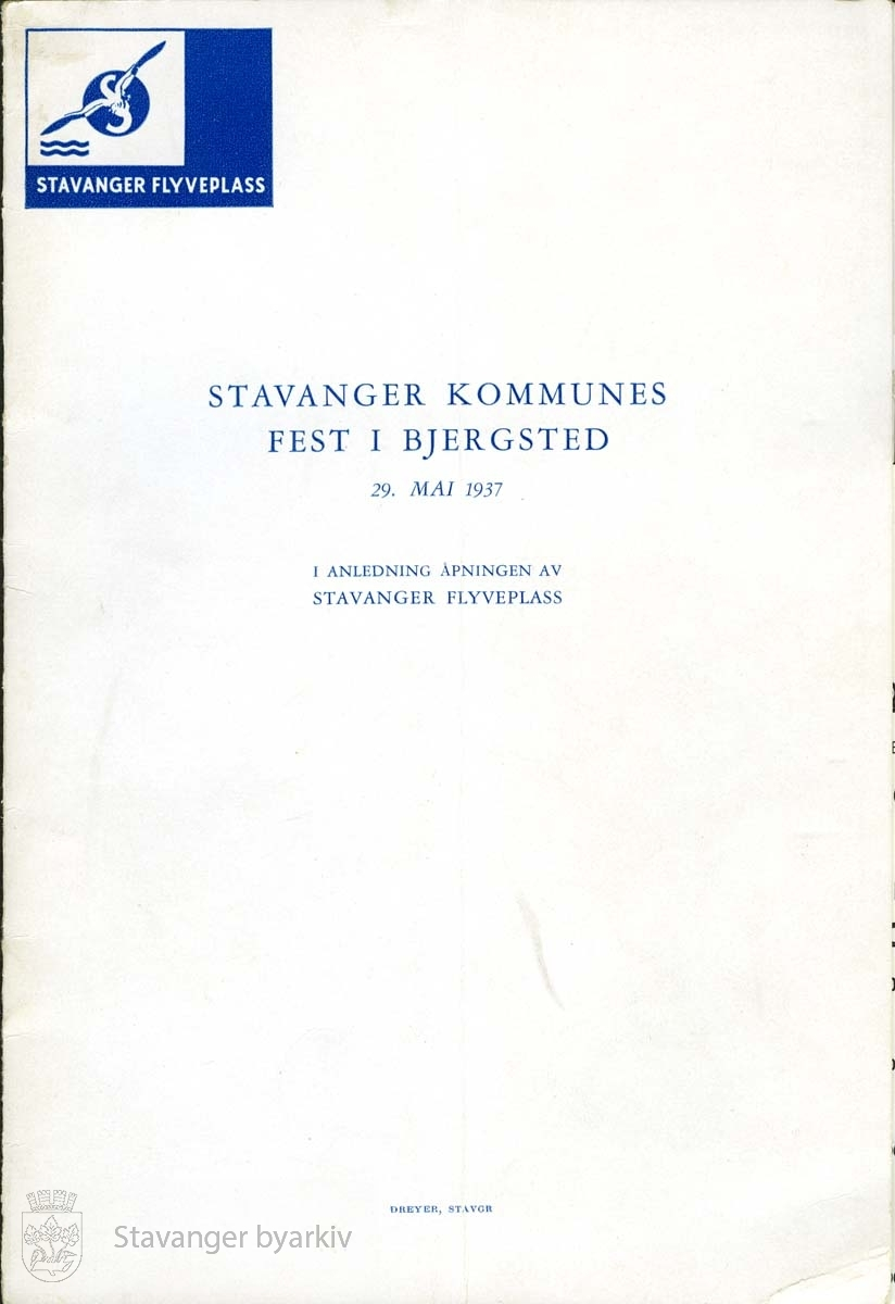 Programomslag for Stavanger kommunes fest i Bjergsted den 29. mai 1937 i anledning åpningen av flyplassen på Sola. ..(Fra minnealbum avlevert av familien Hansen. Bildene og dokumentene er dog blitt til som ledd av L.W.Hansens kommunale virke, og er således innlemmet som del av formannskapets bildearkiv)