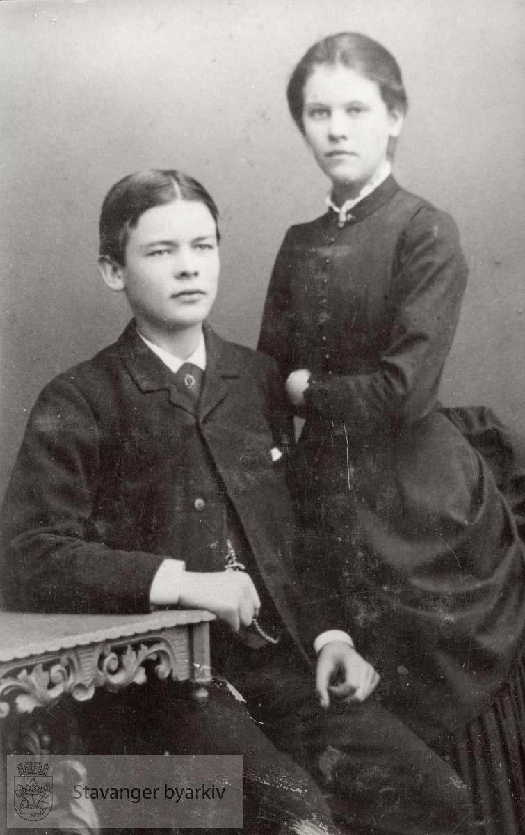 Tønnes og Ingeborg Marie Sandstøl