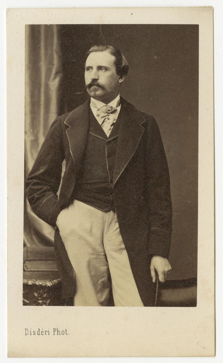 Porträtt av Paul Eduard Constantin Zielfelt, officer vid Västmanlands regemente I 18.