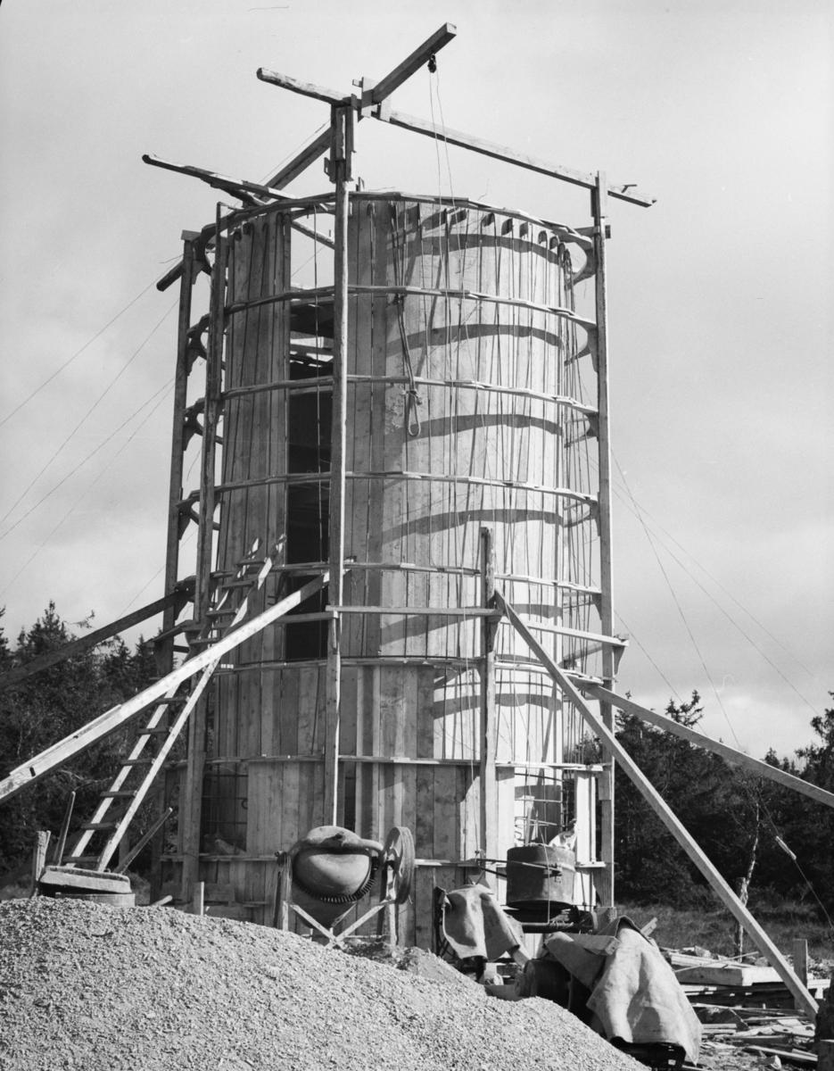 Bygging av rørgate på Lieshøgda til nye Raua kraftstasjon