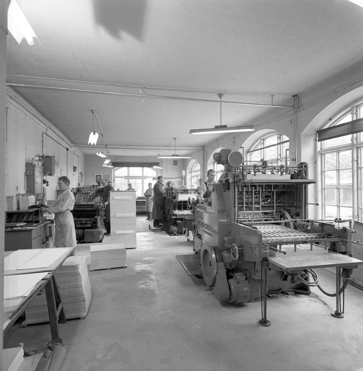 Interiör från Arboga boktryckeri.  1950-talet