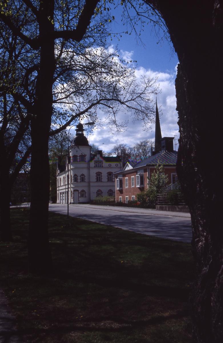 Brandstationen och Trefaldighetsgården på Strandvägen