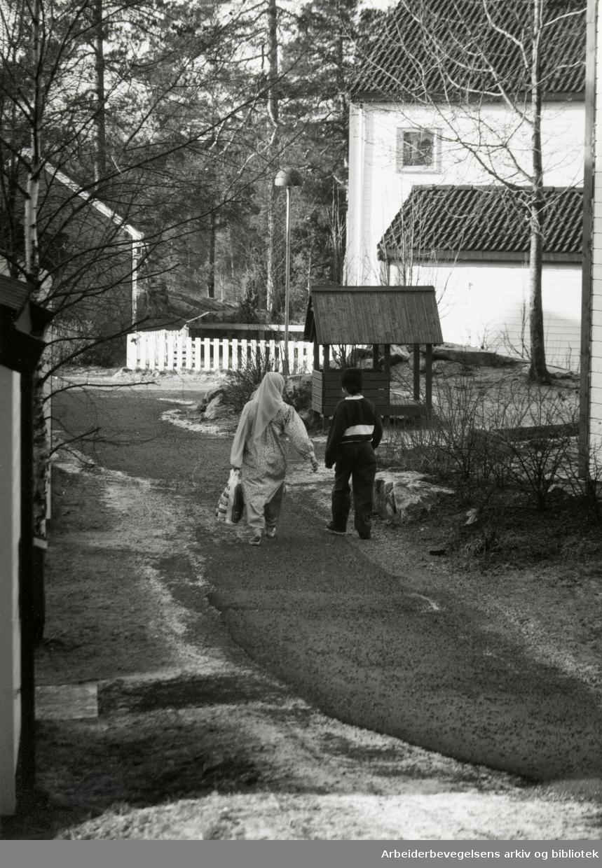 Holmlia. Grensen borettslag. Februar 1993