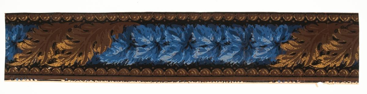 Blomranka med snedställda spiralformade blad. Tryck i guld samt i flera ljusblå och bruna nyanser på svart bakgrund.