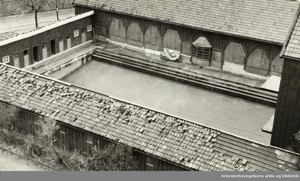 Kampen friluftsbad. November 1945