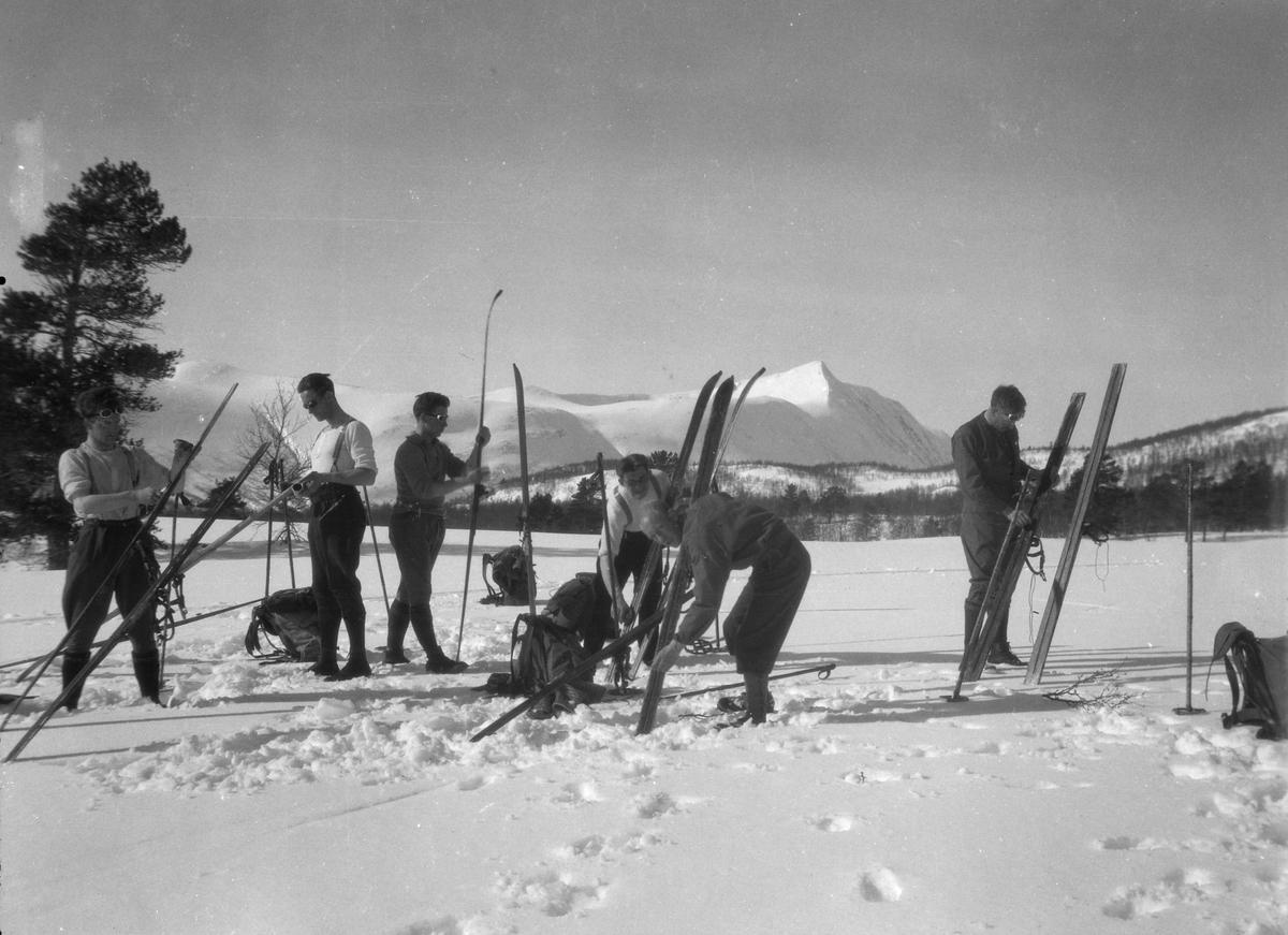 Skiturister i Gevilvassdalen.