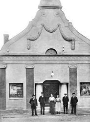Borge Kinematograf, Sellebakk i Borge ca 1915. Skiftet seine