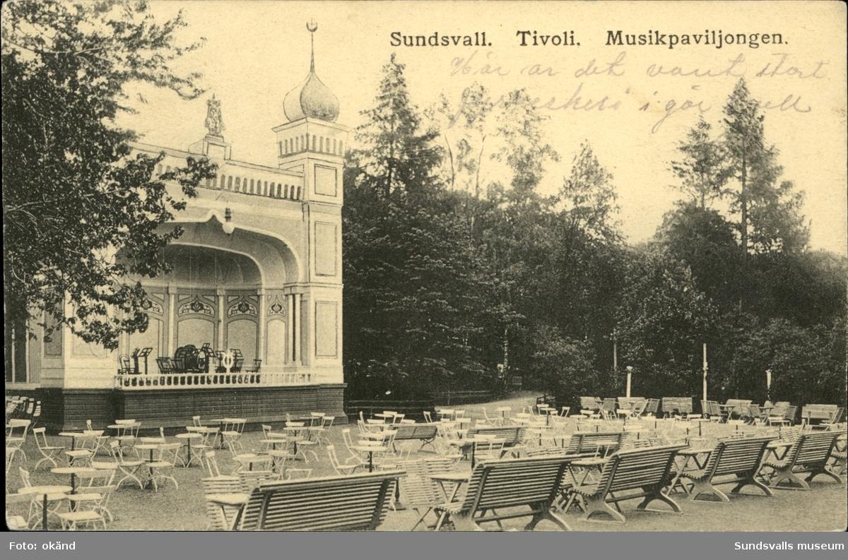Vykort med motiv över musikpaviljongen på Tivoli i Sundsvall.