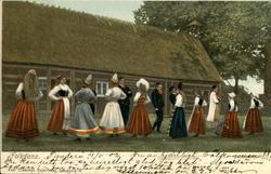 Vykort med motiv över en grupp personer som dansar folkdans.