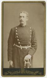 Porträtt av Ernst August Schlesinger, underlöjtnant vid Andr