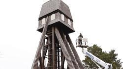 Lagning av stadsparkens kyrktorn