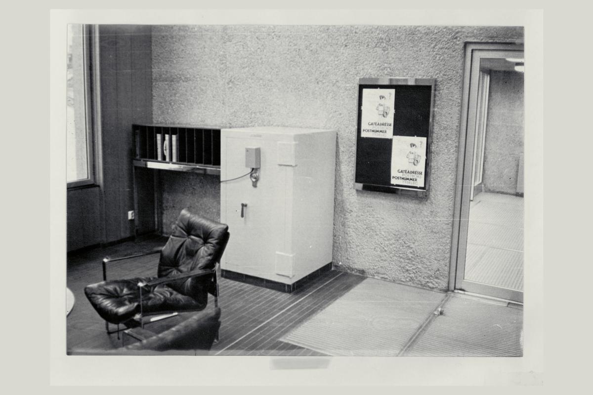 interiør, postkontor, safe