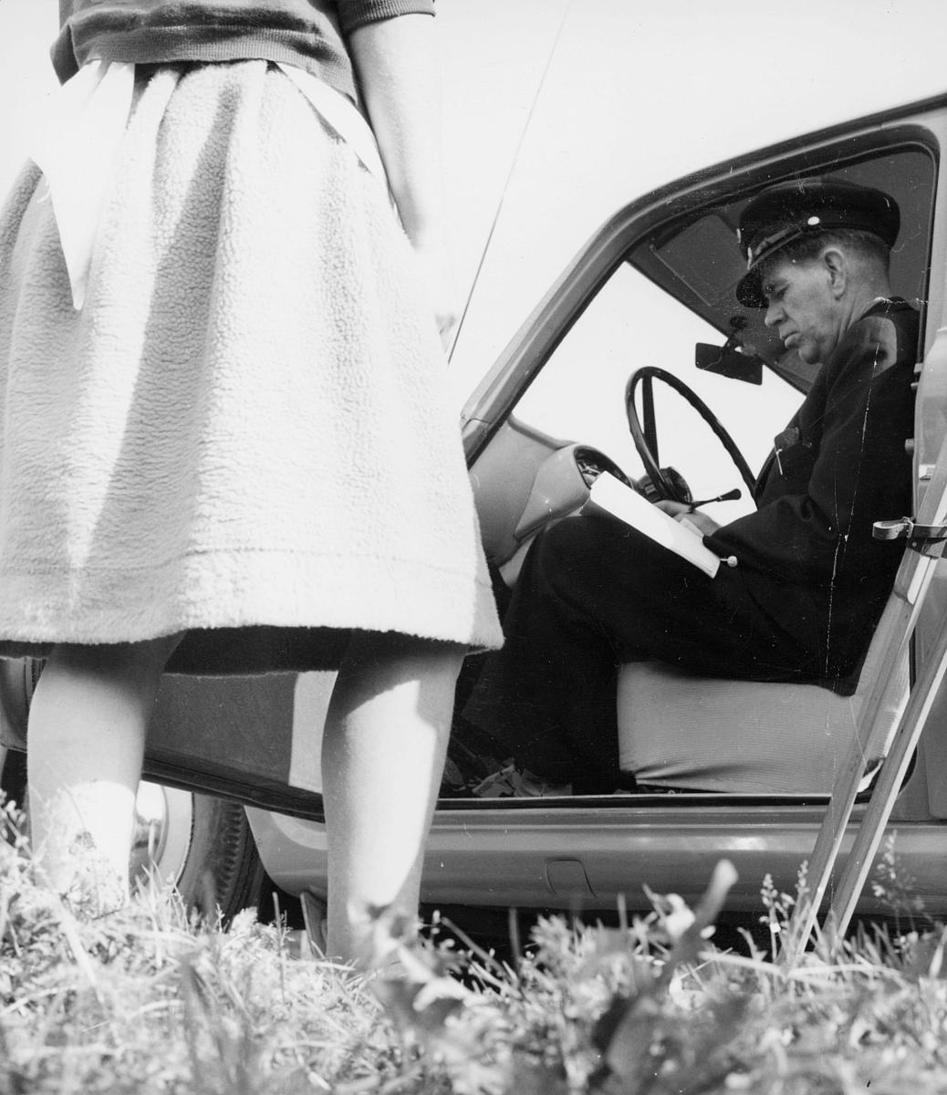 omdeling, postbud, bil, kvinne