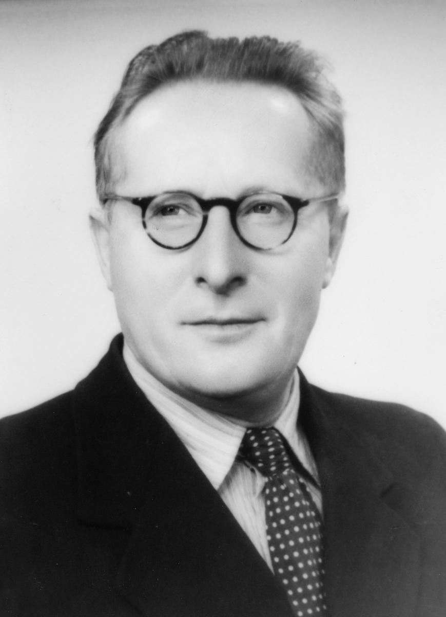 portrett, postmester, Nedkvitne Johannes Kristian E.