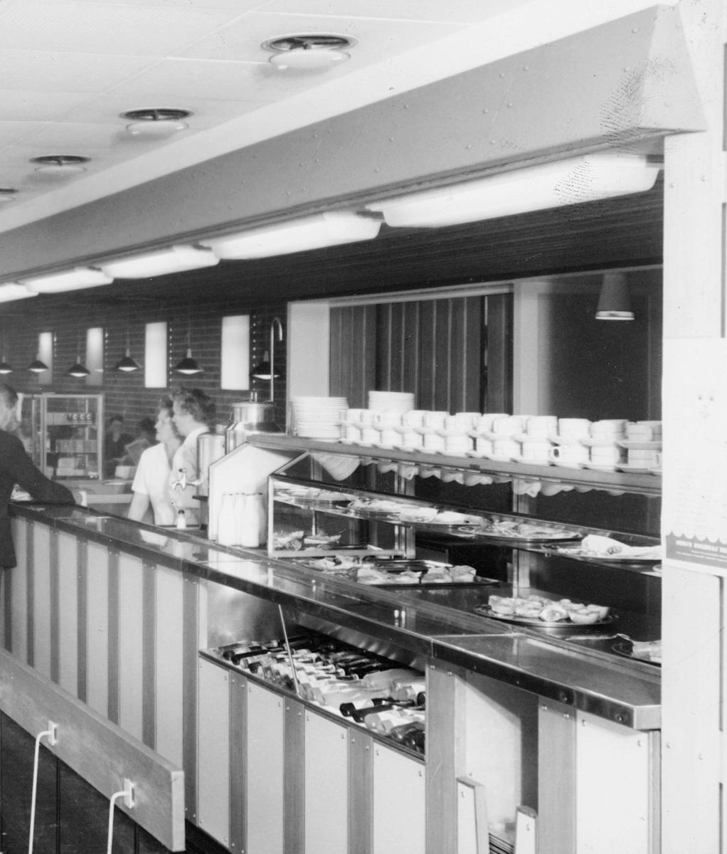 spisemesser, interiør, kantinepersonell, bak smørbrøddisken