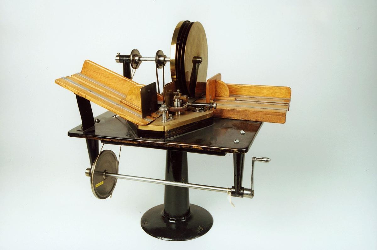 Postmuseet, gjenstander, modell, stemplingsmaskin, Krag.