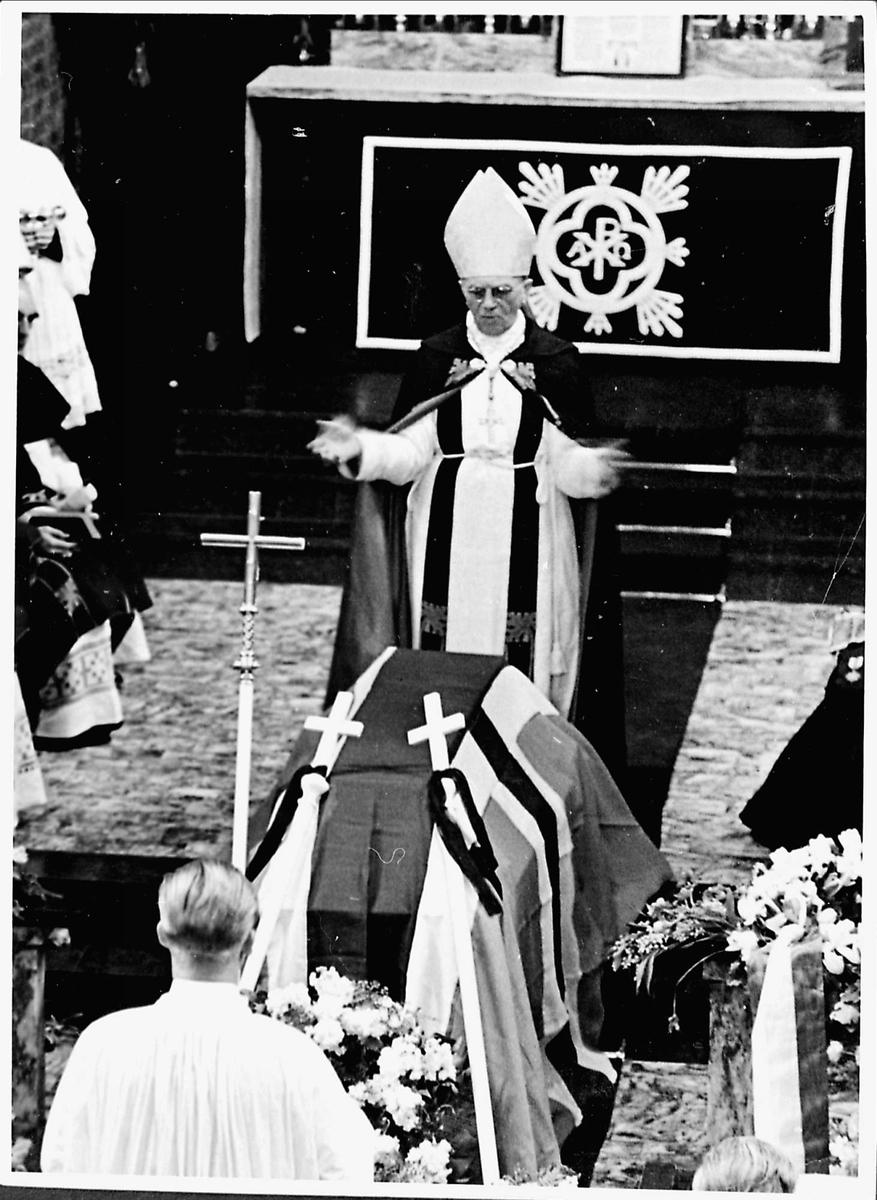 Kiste, messe, begravelse, biskop,