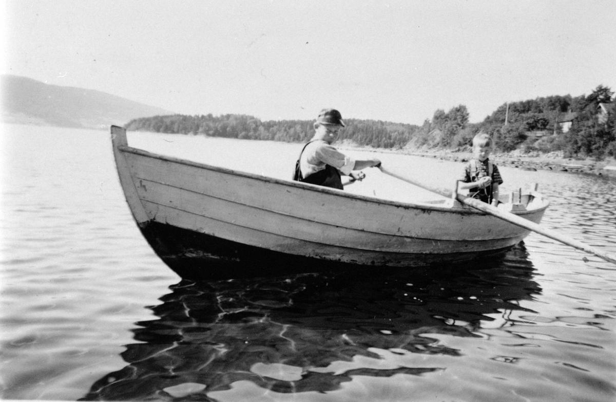Sommer, sjø, barn, båt