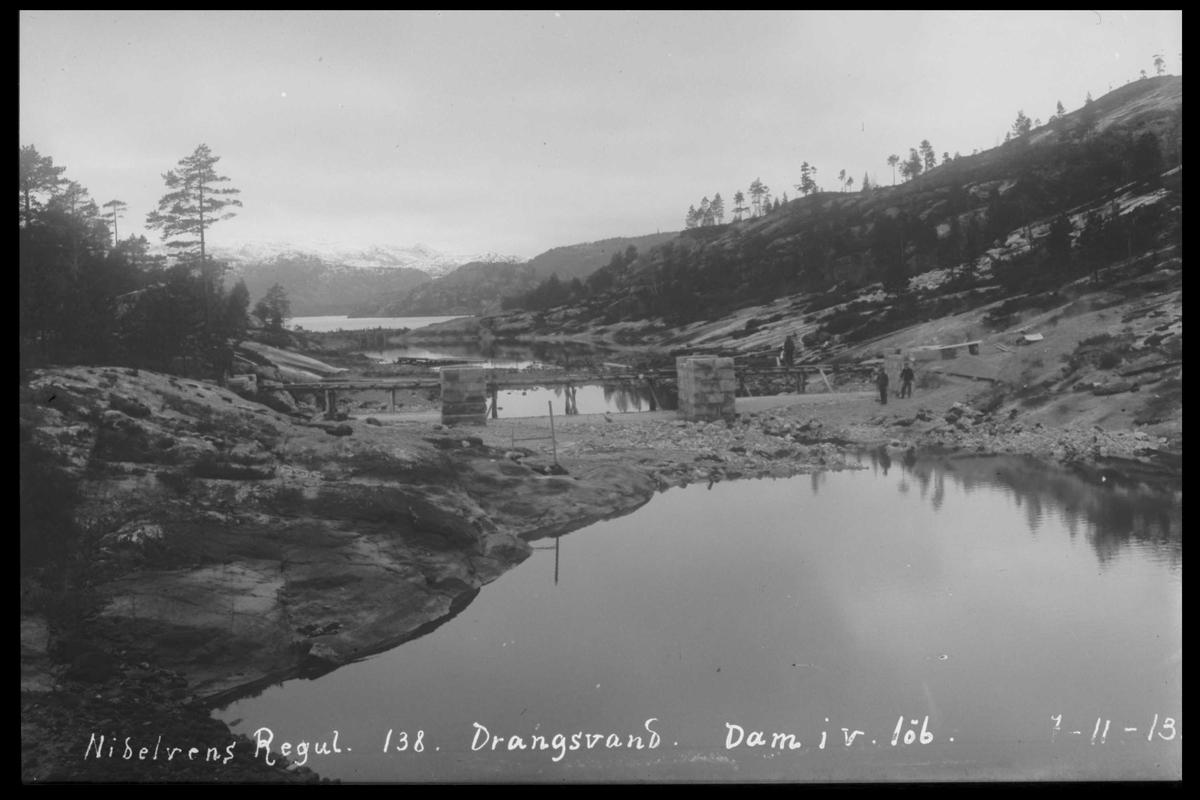 Arendal Fossekompani i begynnelsen av 1900-tallet CD merket 0446, Bilde: 16 Sted: Drangsvann dam Beskrivelse: Regulering
