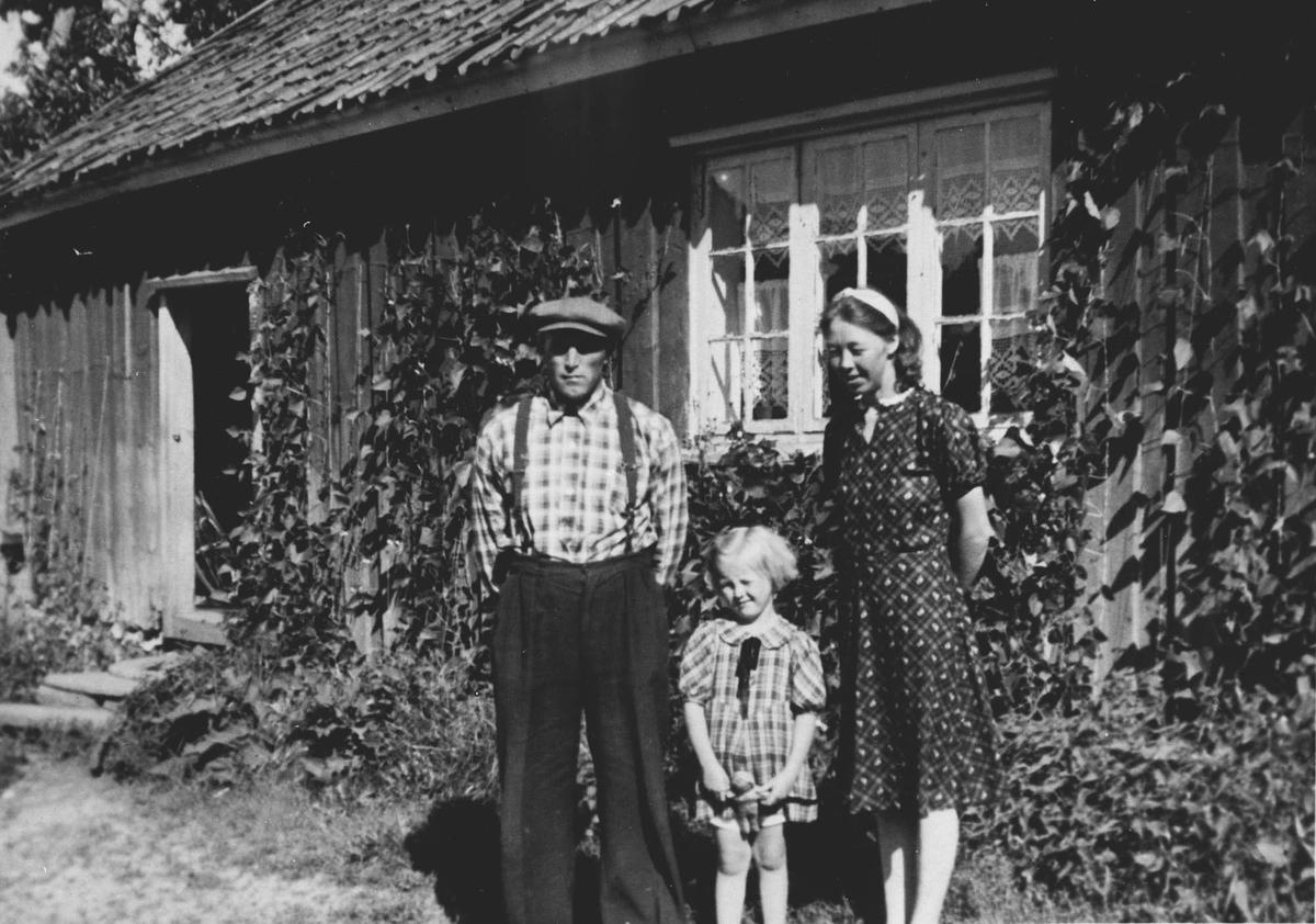 Kasper, Anne Lise og Astrid Møllerhagen.