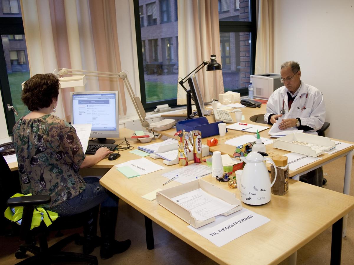 Svineinfluensa. Vaksinasjon mot svineinfluensa på Skedsmo Rådhus den 20.11.09. Vaksinasjonsområde. Registreringskontoret.