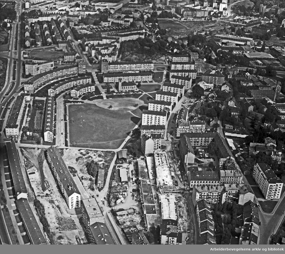 Flyfoto over Iladalen,.oktober 1953