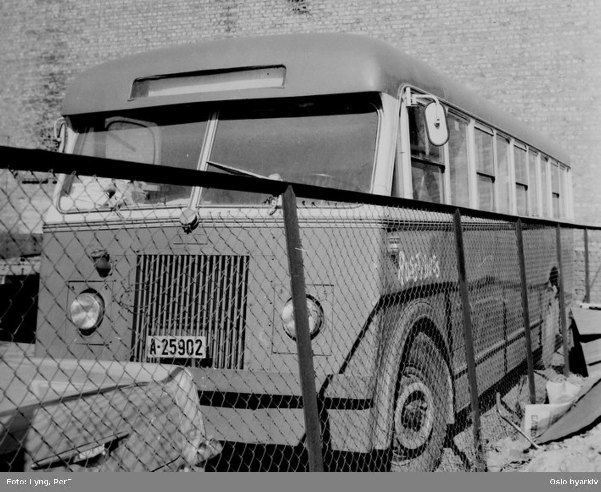 Oslo Sporveier. A-15831 - 836 serien dieselbuss Høka/Leyland, her solgt.