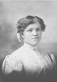 PORTRETT: KAROLINE KRISTIANSDATTER VENNKVERNENGEN FØDT: 01. 01. 1886, UTVANDRET TIL AMERIKA, VENDKVERNENGEN