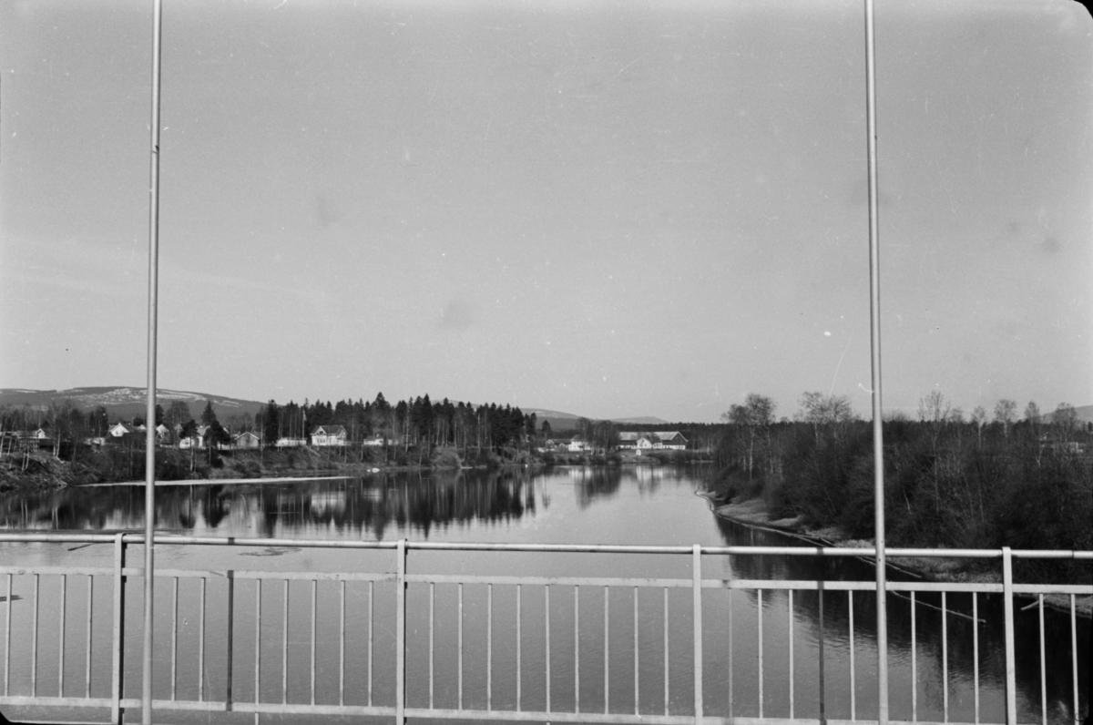 Nybrua, utsikt mot Grindalen gård.
