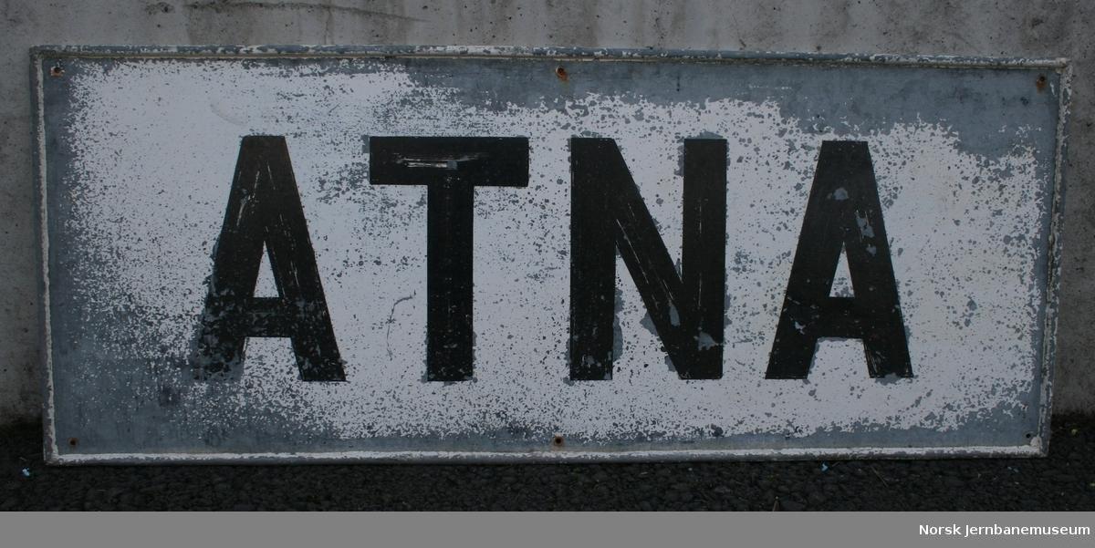 Navneskilt fra Atna stasjon