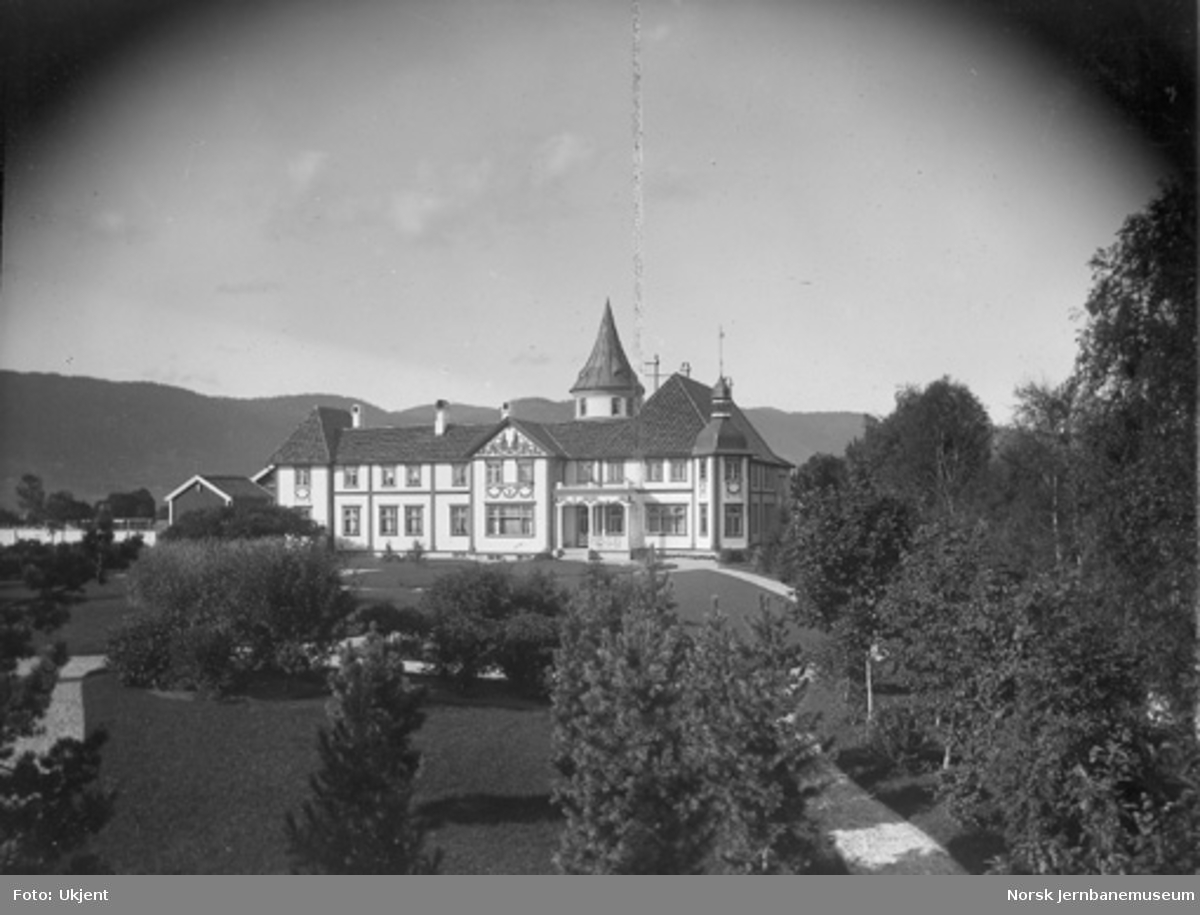 Bårdshaug gård