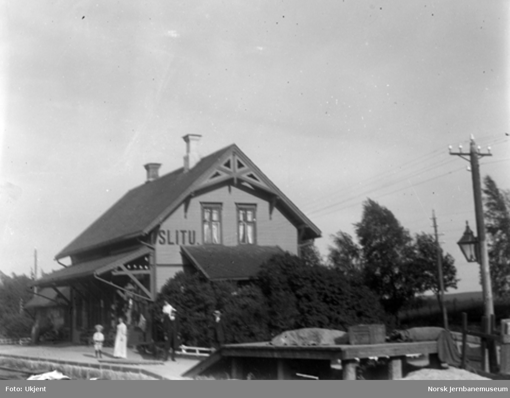 Slitu stasjonsbygning