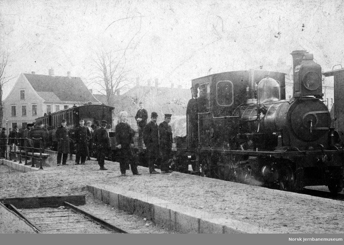 Tog på Setesdalsbanen i spor 3 på Kristiansand stasjon