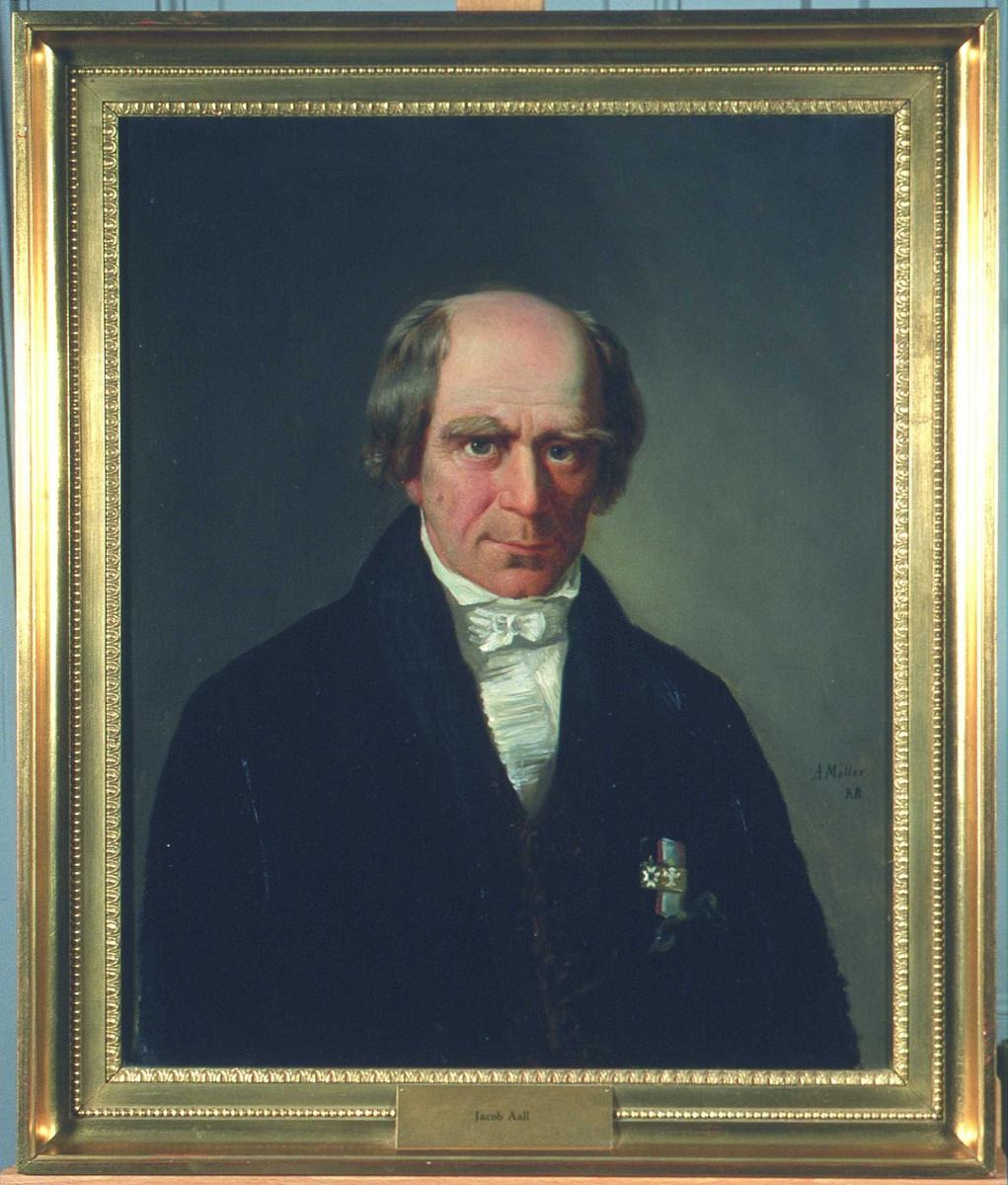Portrett av Jacob Aall. Mørk kjol (jakke), brun vest, hvit skjorte m/halstørkle. To ordener.