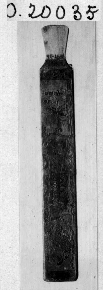Barberkniv, strykereim til, i futteral