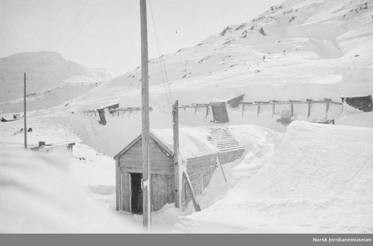 Snøoverbygg ved Riksgrensen betjentbolig