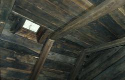 Takkonstruksjon i bygning fra Ytre Sæle i Sunnfjord.