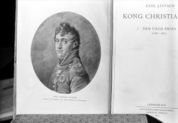 Avfotografering av gamle dokumenter i bok. Relatert til Kiel