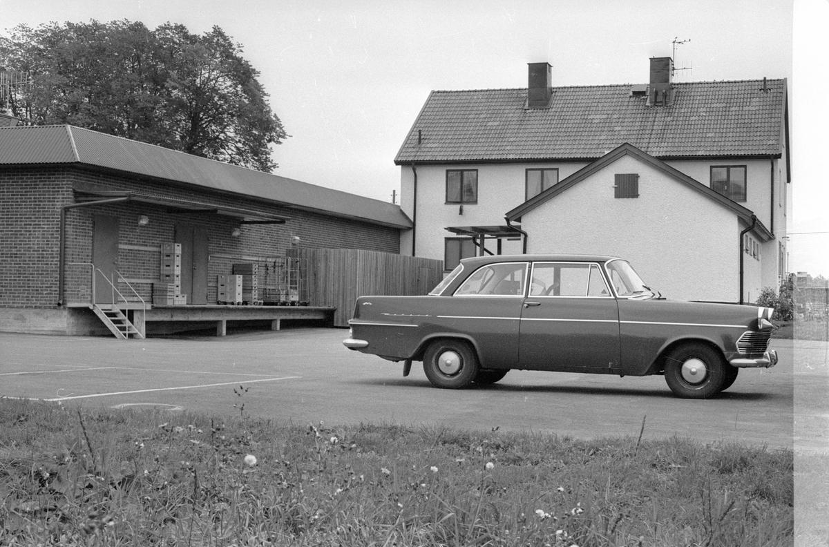 Konsumaffär och postkontor, Vattholma 5:2, Vattholma, Lena socken, Uppland 1978