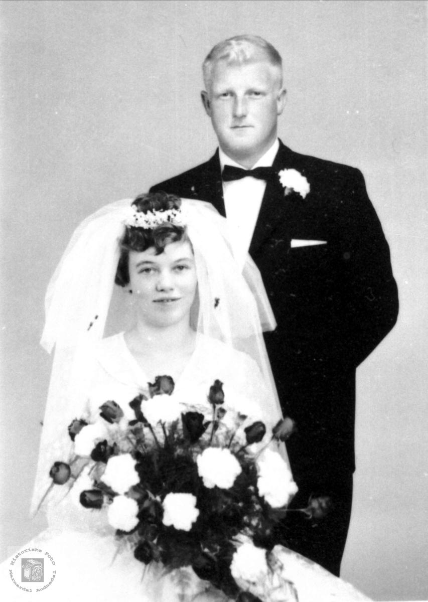 Brudeparet Torveig og Bernt August Skeibrok, Bjelland.