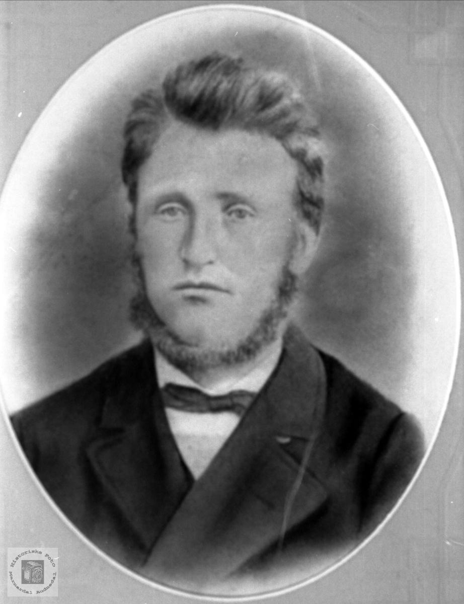 Portrett av Bent Knuton Mjåland, Laudal.