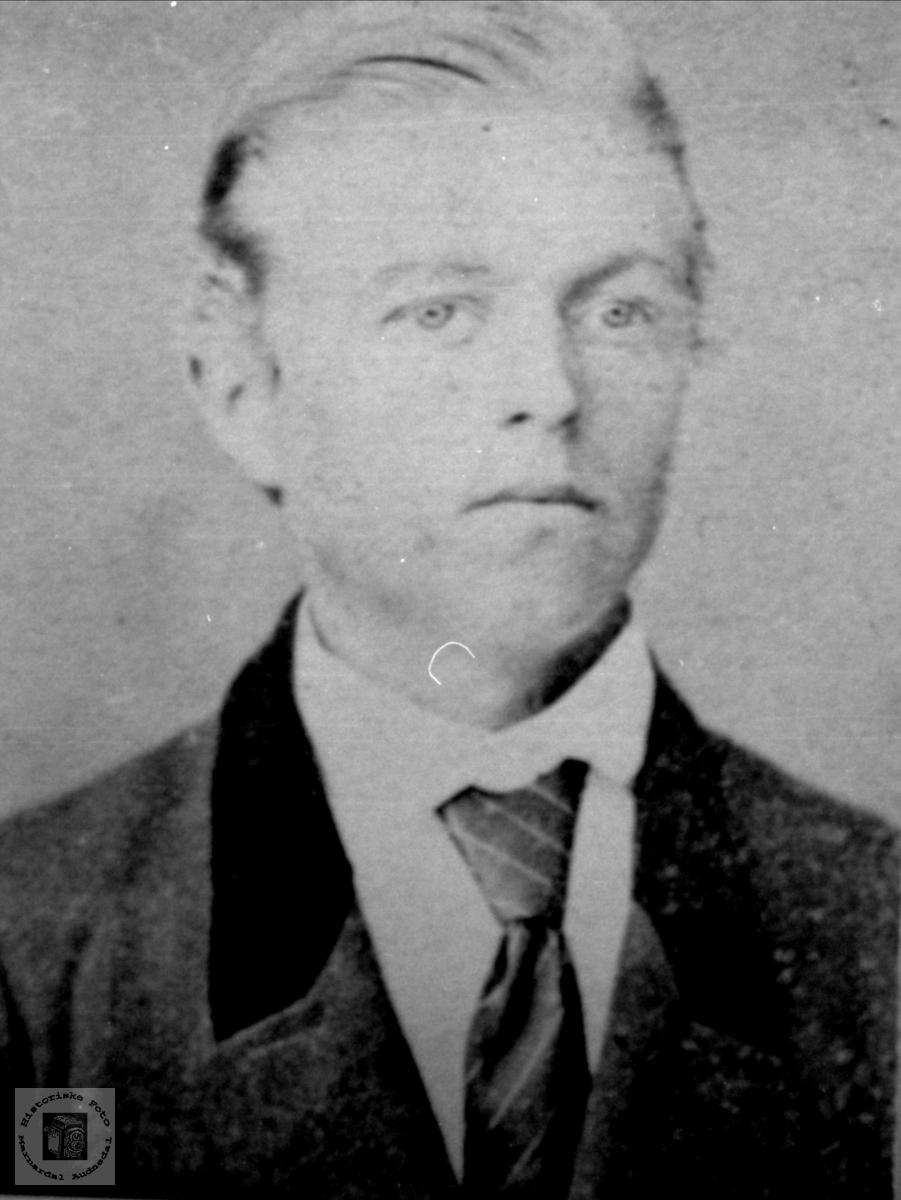 Portrett av Edvard Reinert Kristinson Ramsland, Øyslebø.