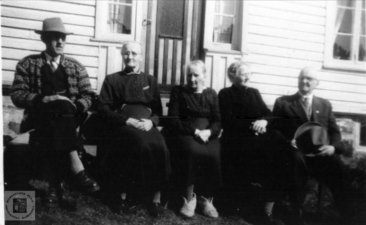 Gruppebilde Aasen, Lunde og Kjær, Øyslebø og Søgne.
