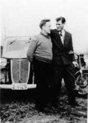 Ottar Johansen og Harry Jensen. Oksvik, Lyngen, ca 1950.