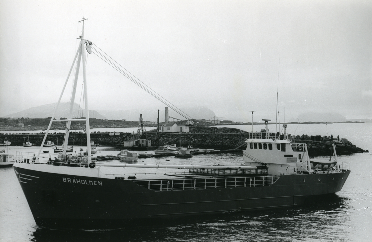 M/S Bråholmen (Ex. Broa, Brit Mari) (b.1969, Mandal Slip & mek. Verksted/ Sigbjørn Iversen mek. Verksted, Mandal/ Flekkefjord)