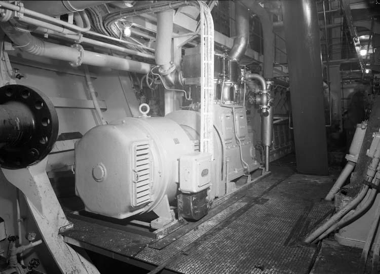 Maskiner, 106 M/T Mai Bente.